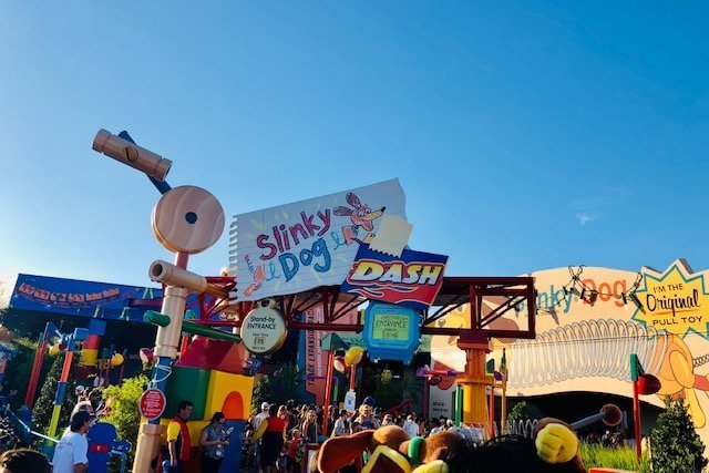walt disney world fastpass tier slinky dog dash
