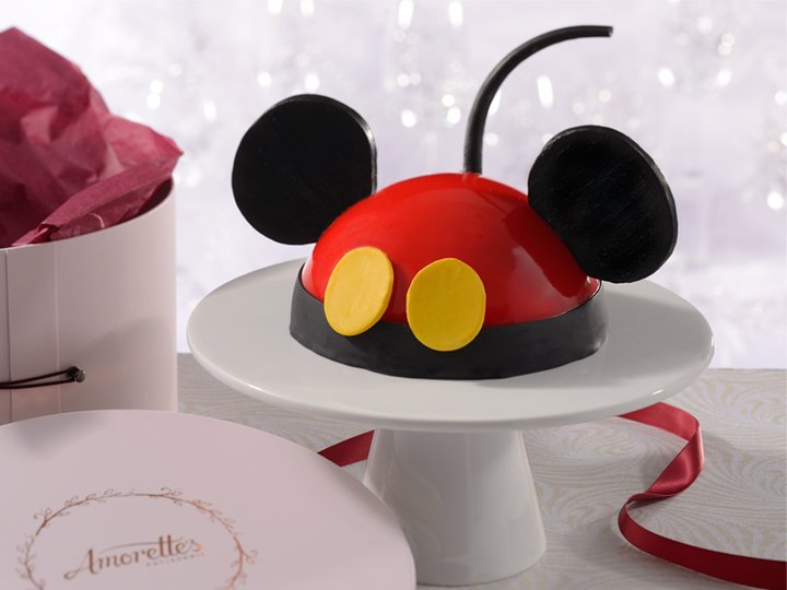 birthday cake from Amorette's Patisserie Disney