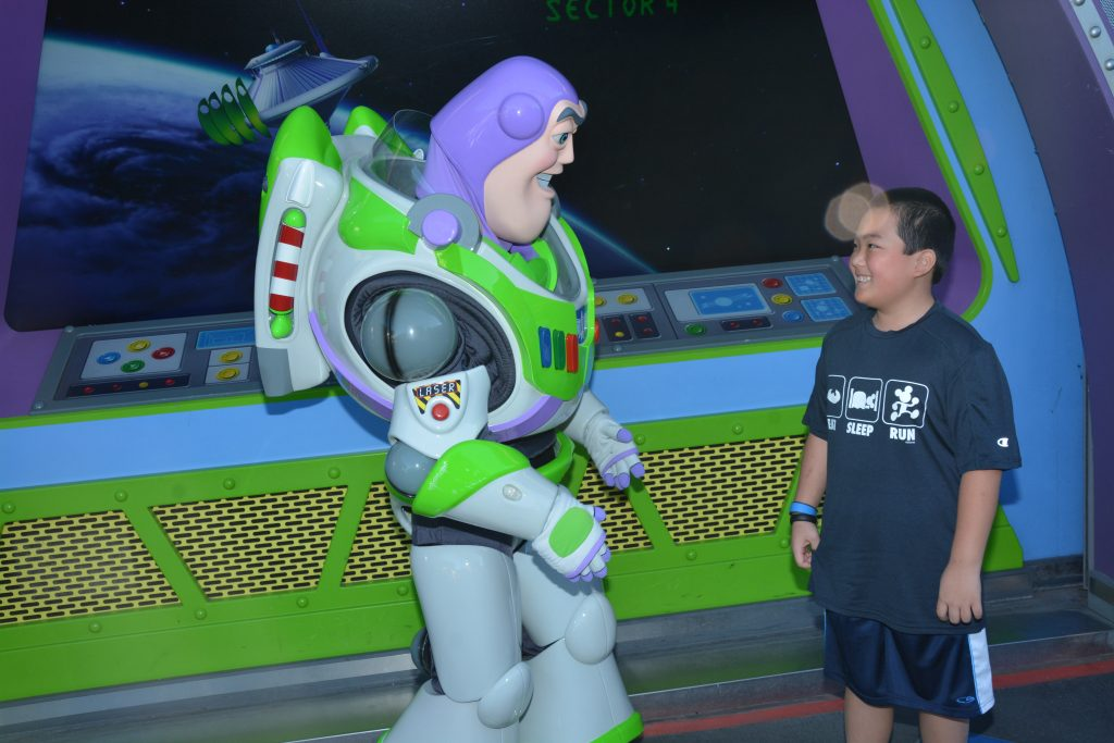 Disney PhotoPass Memory Maker Buzz
